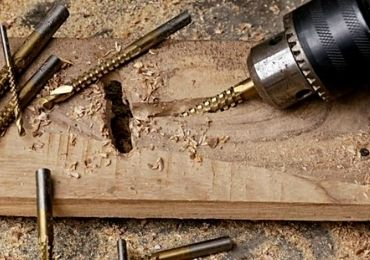 saw drill bit using