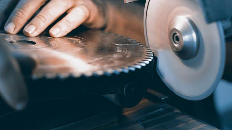 Can You Sharpen Wood Cutting Blades